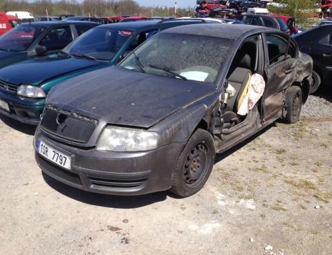 Škoda Superb 1