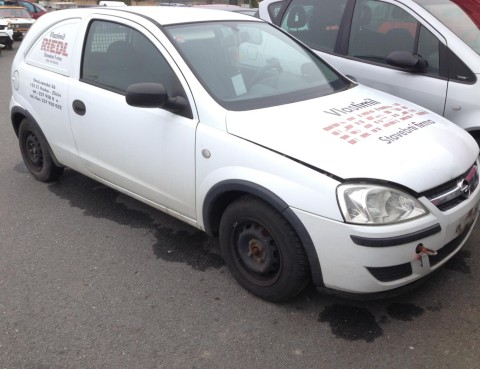 Opel Corsa C 2001 1
