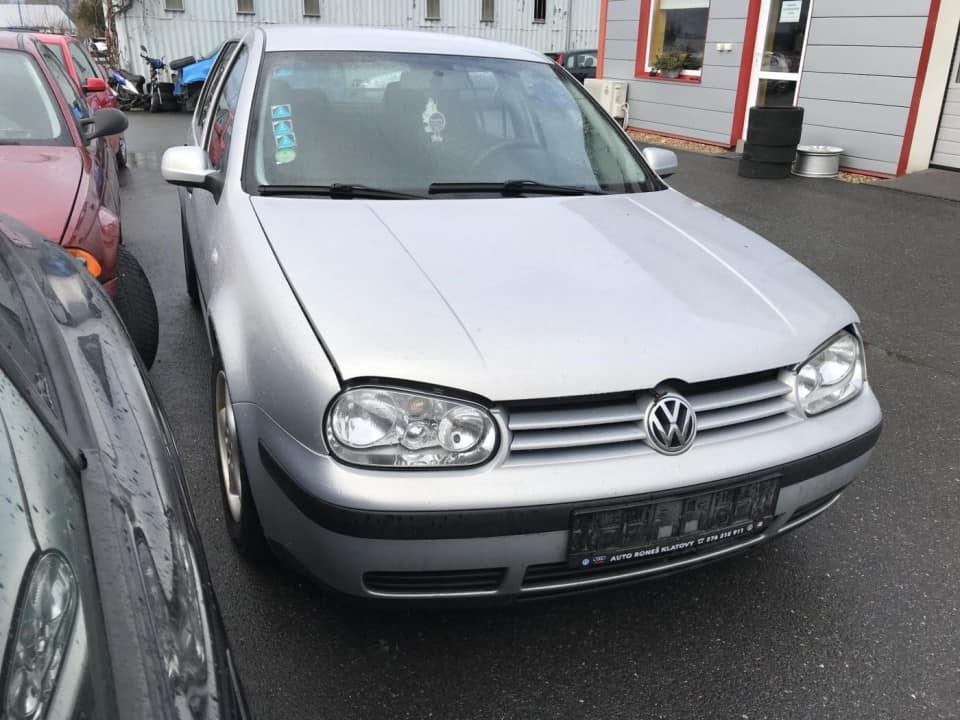 Volkswagen Golf 4 1998 1