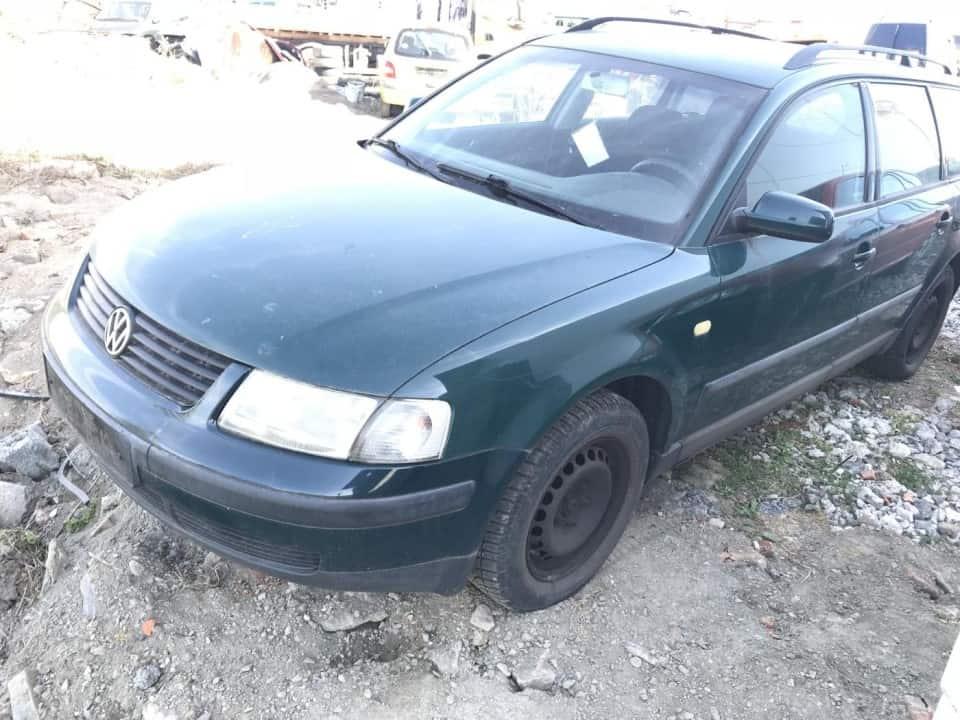 Volkswagen Passat B5 Combi 1