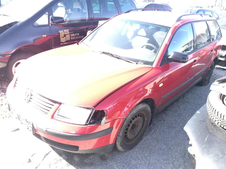 Volkswagen Passat VW Passat B5 COMBI 1999 1