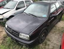 Volkswagen Vento 1